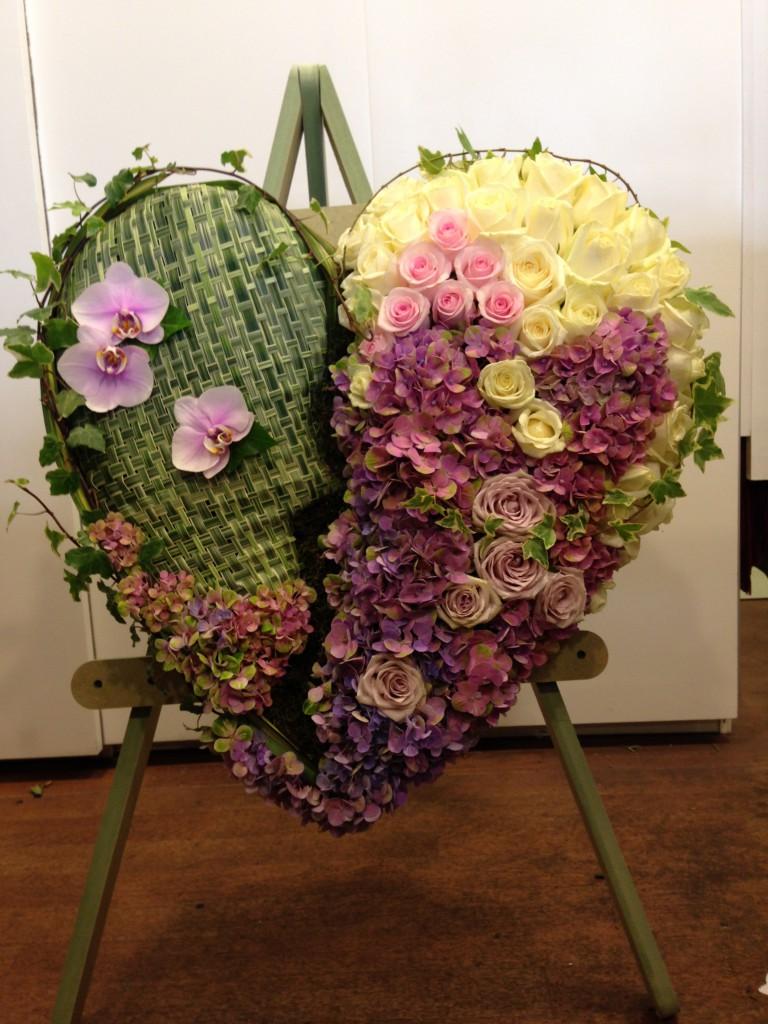Bespoke funeral tributes heart 21 bespoke funeral tribute izmirmasajfo